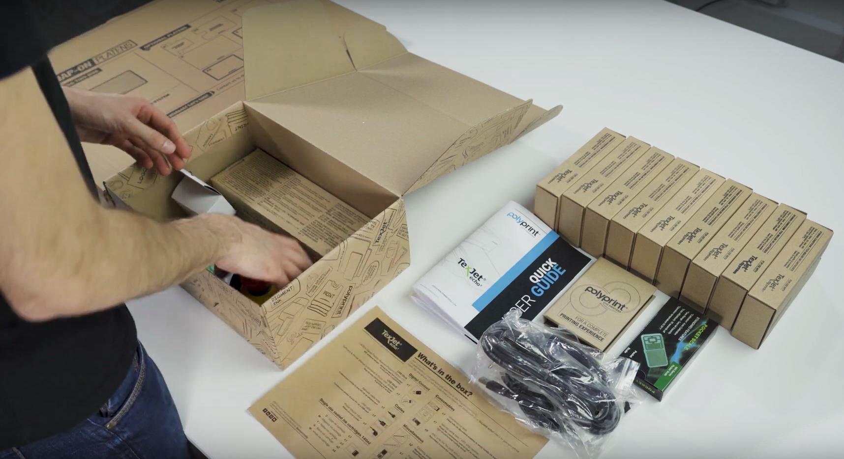 Có gì trong hộp - Máy in phun trực tiếp lên vải Polyprint TexJet echo²