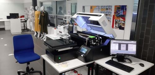 2. Phòng thí nghiệm mềm thời trang RMIT